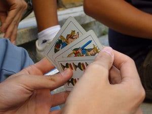 Online Spielpartner finden für Kartenspiele und Brettspiele