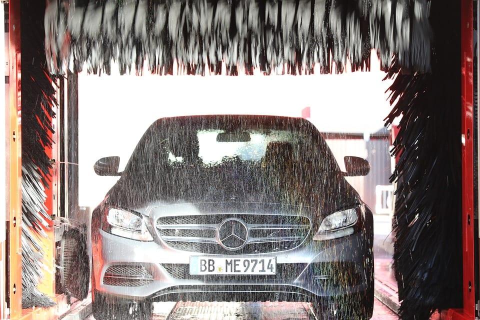 Autowaesche Waschstrasse