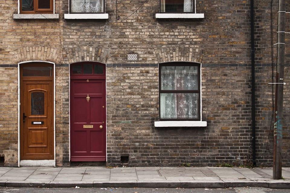 Türen ohne Schlüssel sperren & öffnen: Alternativen zum Haustürschlüssel