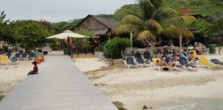 Strand auf der Insel Curacao in der Karibik (Bild curacao-reise.com)