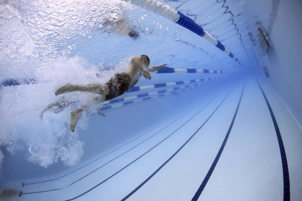 schwimmen-schwimmbecken