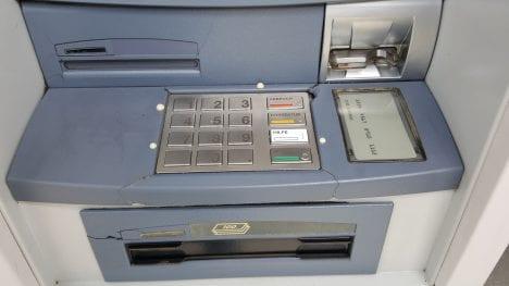 Geld abheben am Bankomat